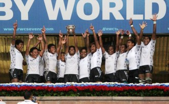 fijiana with trophy